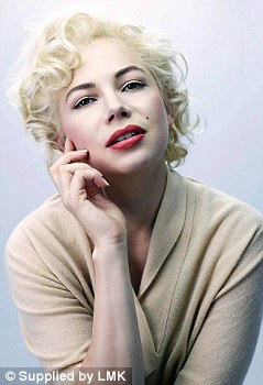 First Photo of Michelle Williams as Marilyn Monroe