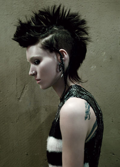 Edgy Red Band Trailer for David Fincher's 'The Girl with the Dragon Tattoo'