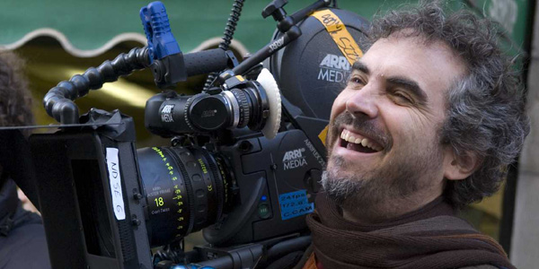 Alfonso Cuarón's 'Gravity' to Be Shown in 3D and IMAX… Plus, No Makeup For the Lead Actors!