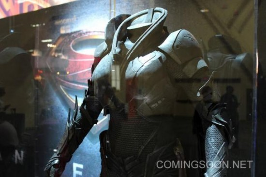 Faora CU Licensing Expo Man of Steel Costumes hit the Licensing Expo12 Floor