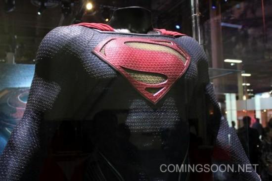 Superman CU Licensing Expo Man of Steel Costumes hit the Licensing Expo12 Floor