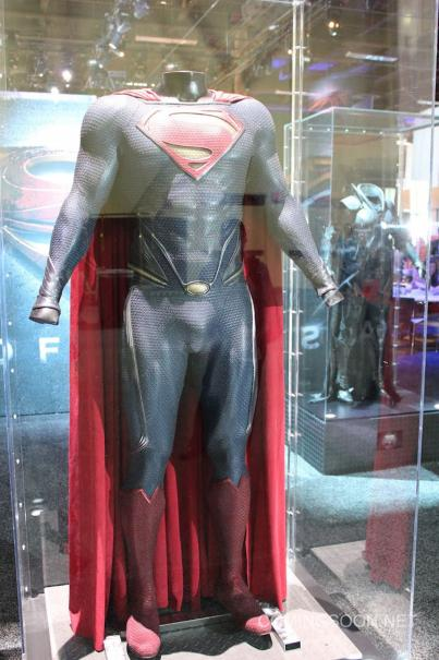 Superman Licensing Expo Man of Steel Costumes hit the Licensing Expo12 Floor