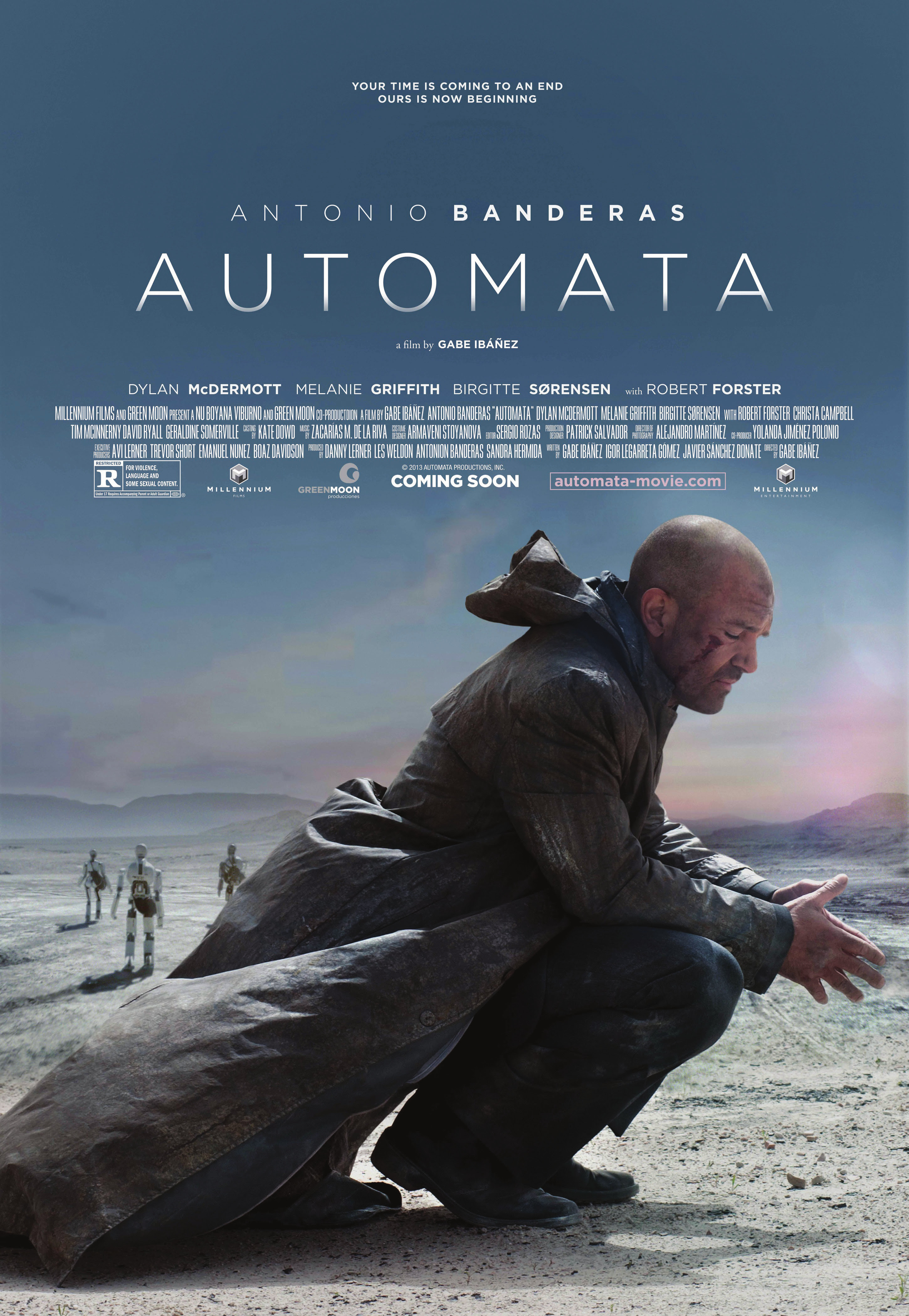 Trailer for 'AUTÓMATA' Starring Antonio Banderas is A Cool Mix of 'District 9′ and 'I-Robot'